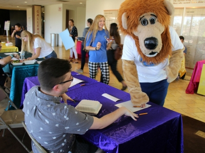 Photograph of Zion the Lion at Club Rush