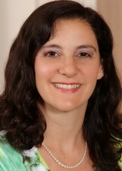 Headshot of Rabbi Ilana Berenbaum Grinblat