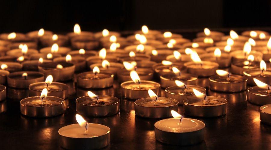 Holocaust memorial candles